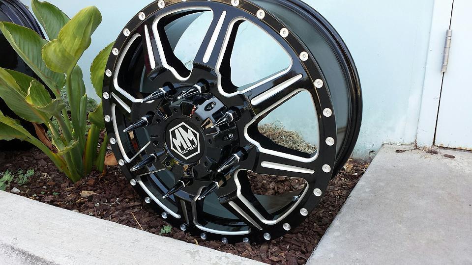 Mustang Lug Nuts >> New Spiked Lugs : Wheels : JK Motorsports