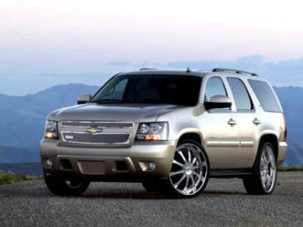 Lexani Chevy Tahoe/Suburban/Avalanche Complete Kit - With 2-Piece Grille